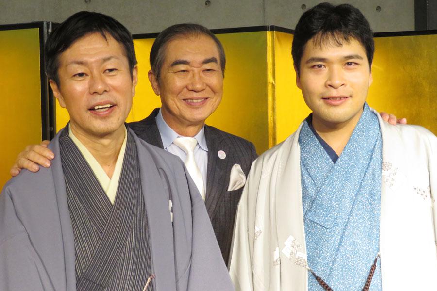 左より、大賞を受賞した林家染雀、桂文枝、奨励賞の笑福亭喬介(7日・上方落語協会会館)