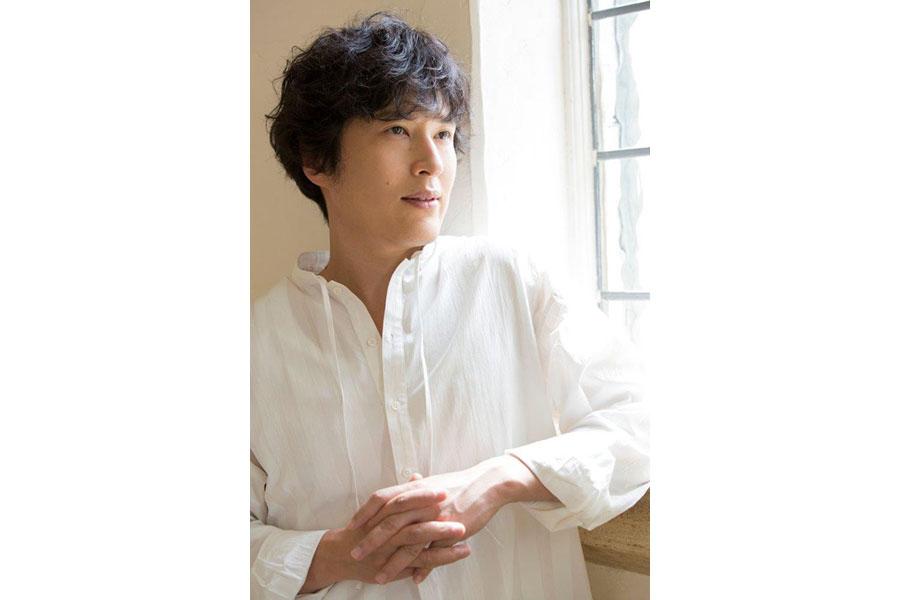 ピアニスト・作曲家・俳優として活躍する清塚信也