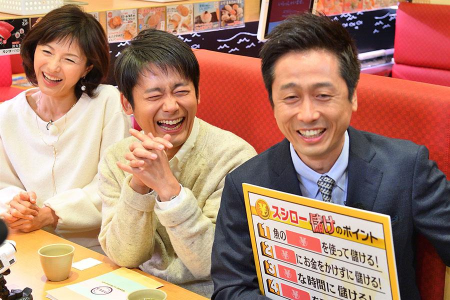 V6長野博に雑学王の座を奪われそうになるロザン・宇治原(右)