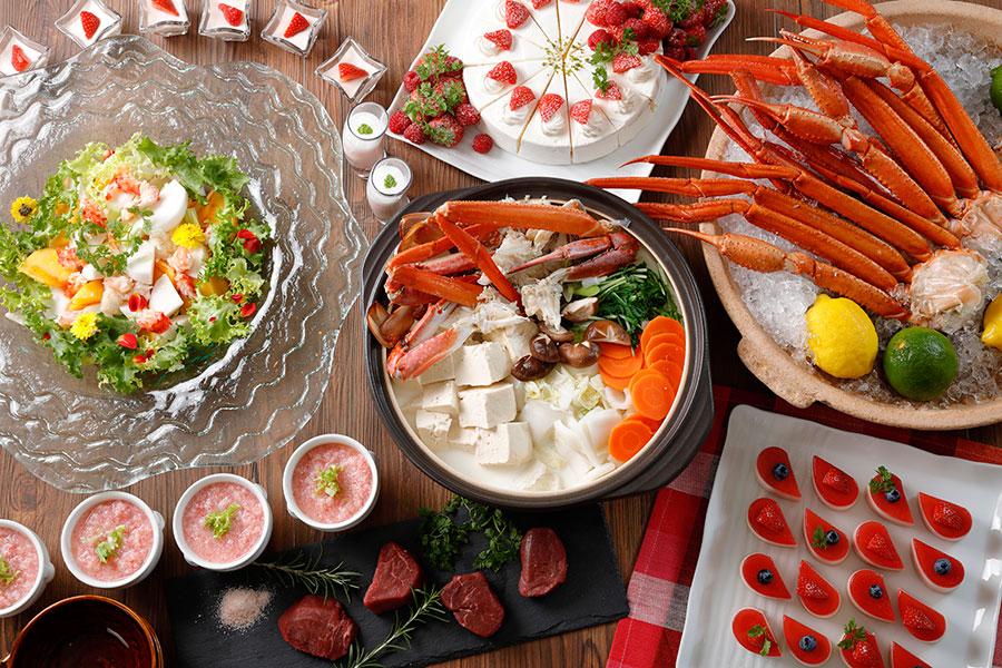 「ウェスティン都ホテル京都」で、蟹とイチゴのブッフェを企画