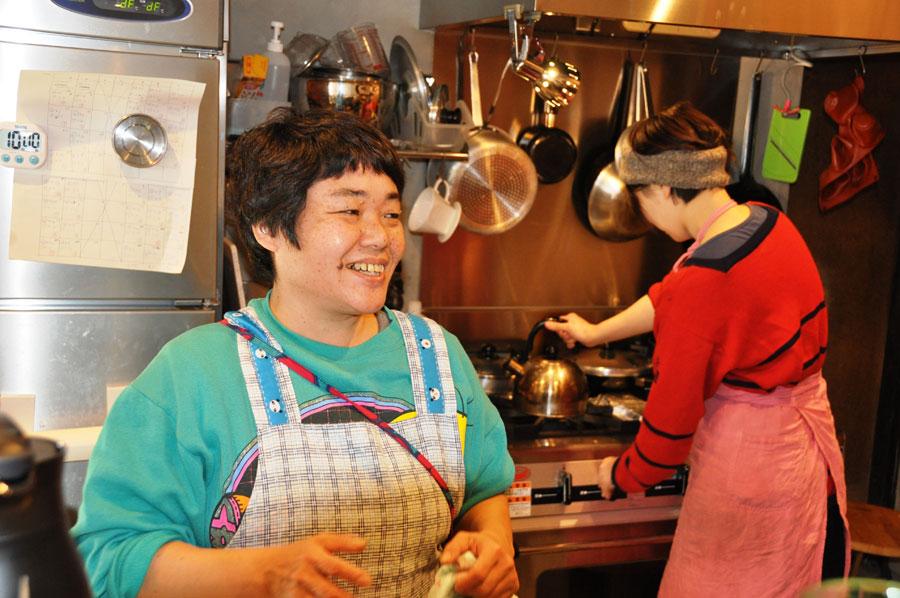 劇団には30年以上在籍した、石本由美さん
