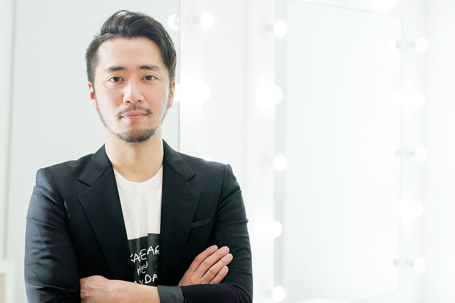 人気メイクアップアーティスト「KUBOKI」による個人メイクレッスン福袋は抽選にて受付