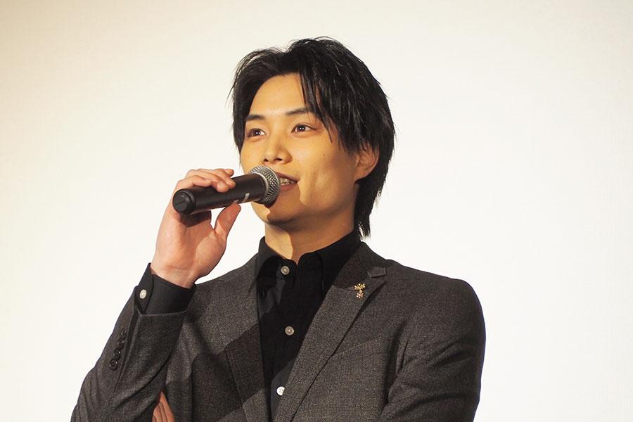 大阪のファンに「良いクリスマスにしてください!」と伝えた鈴木伸之