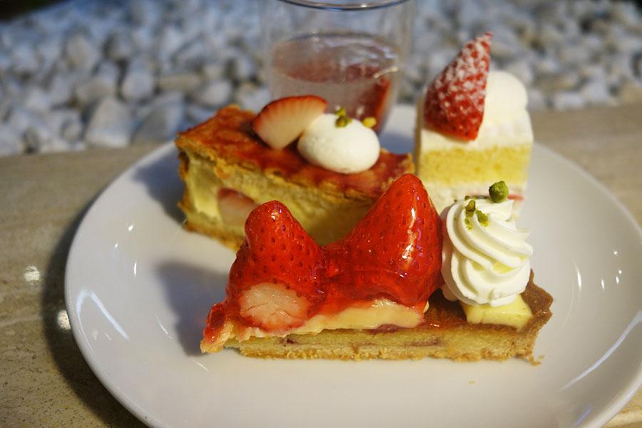 いちごタルト、ナポレオンパイ、ショートケーキなど定番人気メニューがそろう