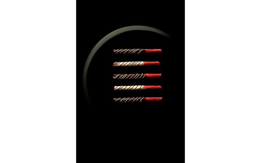 「聖護院八ッ橋総本店」のシュクレカネール・ルージュ2,700円(ダーク・ホワイト/各6本入)