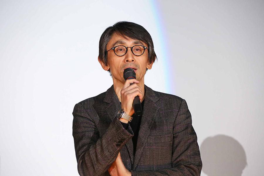 映画『羊の木』の舞台挨拶に登場した吉田大八監督(26日・大阪市内)