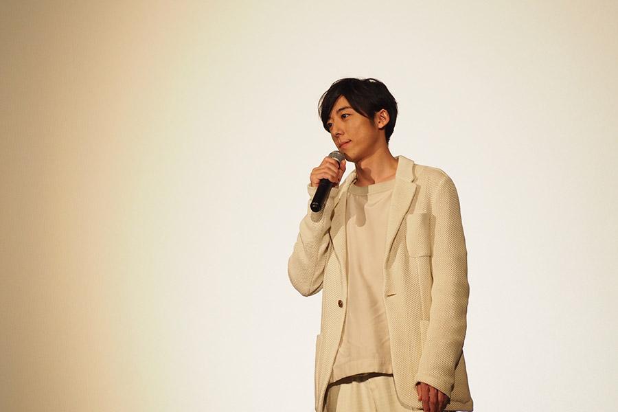 主演映画『blank13』の舞台挨拶に登場した高橋一生(17日・大阪市内)