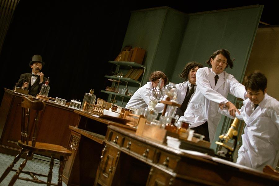 「THE ROB CARLTON」の前回公演『lab.』より 写真/今西徹