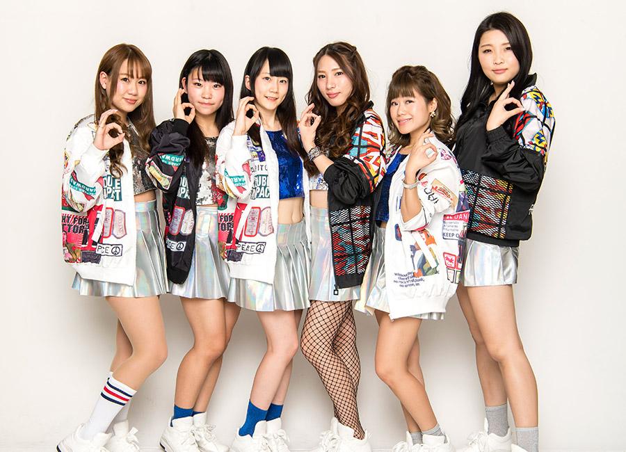 大阪の天神橋筋商店街とその界隈を拠点とするアイドルグループ・TEN6