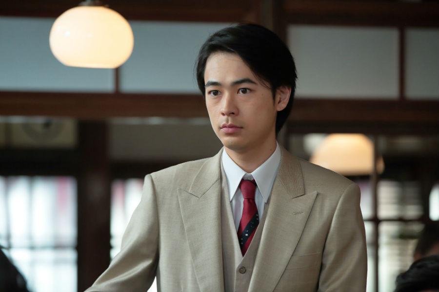 「葵さんと初めてお話したときは、『うわー、おてんちゃんだ!』って思わず素に戻ってしまいました(笑)」と成田