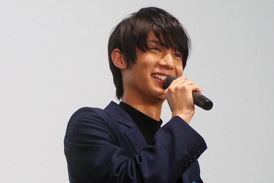 映画『坂道のアポロン』の舞台挨拶に登場した中川大志(11日・大阪市内)