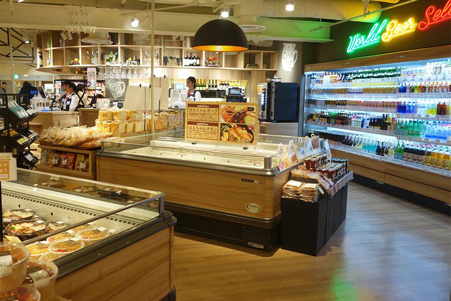 総菜やお弁当、アルコールなども並ぶ「MISUGIYA+」