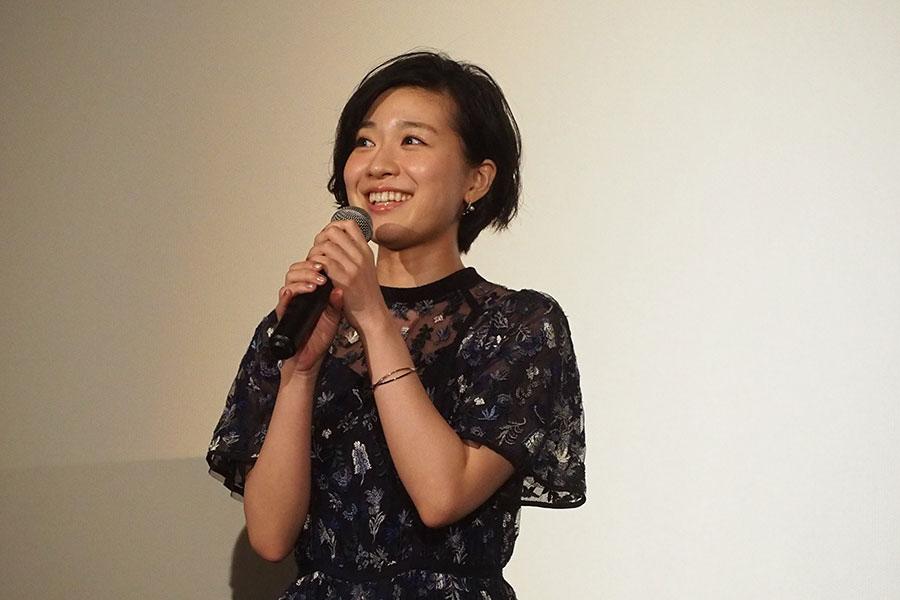 「大学4年間京都の大学に通っていて、NHK(べっぴんさん)でもお世話になったので、大阪に来れてうれしいです」と話す土村芳