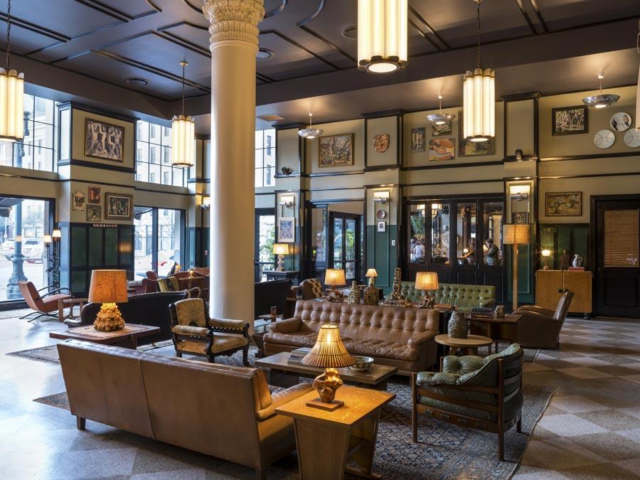 そのデザイン性に圧倒される「エースホテル・ニュー・オーリンズ」の内観