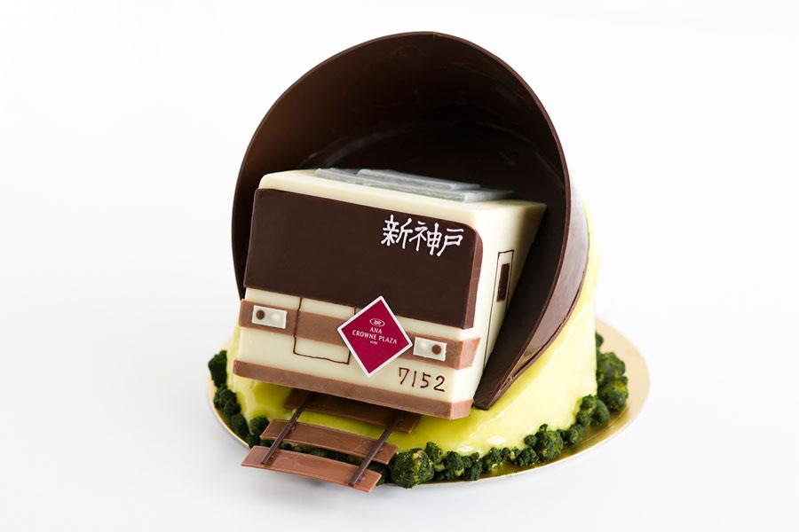 細部までこだわった、電車ケーキ