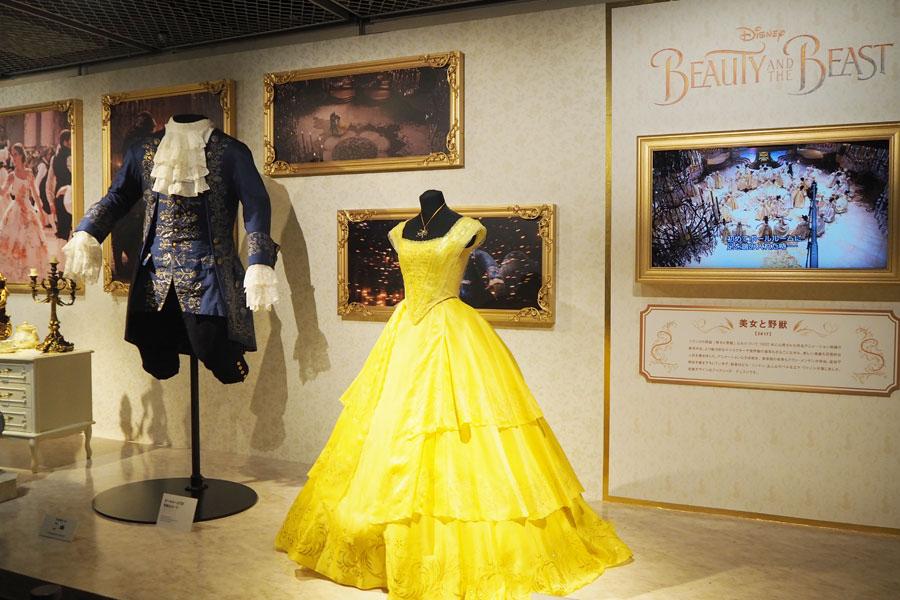 『美女と野獣』は衣装のほか、ルミエール、コグスワース、ポット夫人といった個性豊かなキャラクターたちの撮影に使用されたモデルの展示も