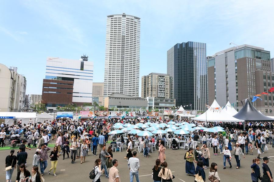 会場となる「中之島フードソニック特設スペース」は、京阪「中之島駅」から徒歩3分、JR・阪神「福島駅」から徒歩10分