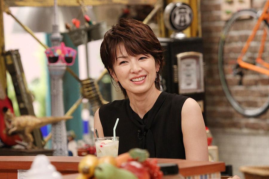 トークバラエティ『おかべろ』にゲスト出演した女優・吉瀬美智子