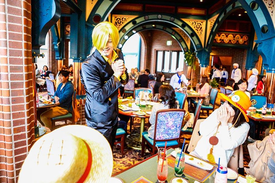 サンジによる絶品フレンチと熱いおもてなしで、毎年完売続出の「サンジの海賊レストラン」