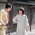 第1話「風太のジェラシー」より、キース(大野拓朗)問い詰められ、口ごもる変装した風太(濱田岳)
