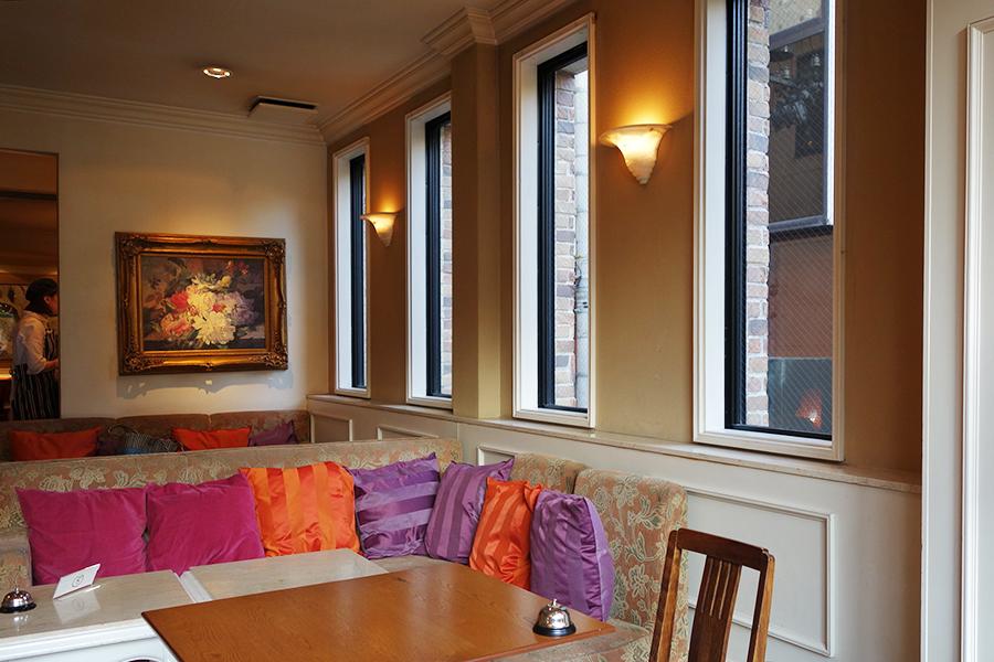 2階のカフェでの限定メニュー。地下1階では、焼き菓子ブッフェもおこなっている