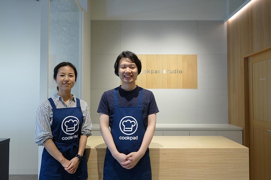 大阪の専任スタッフ左から和田亜弥香さん、吉田真澄さんが、動画の撮り方や見せ方を丁寧に教えてくれる
