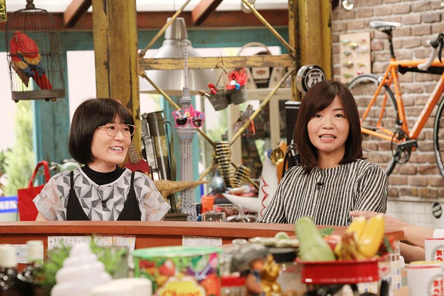 女芸人コンビ・ オアシズの光浦靖子(左)と大久保佳代子