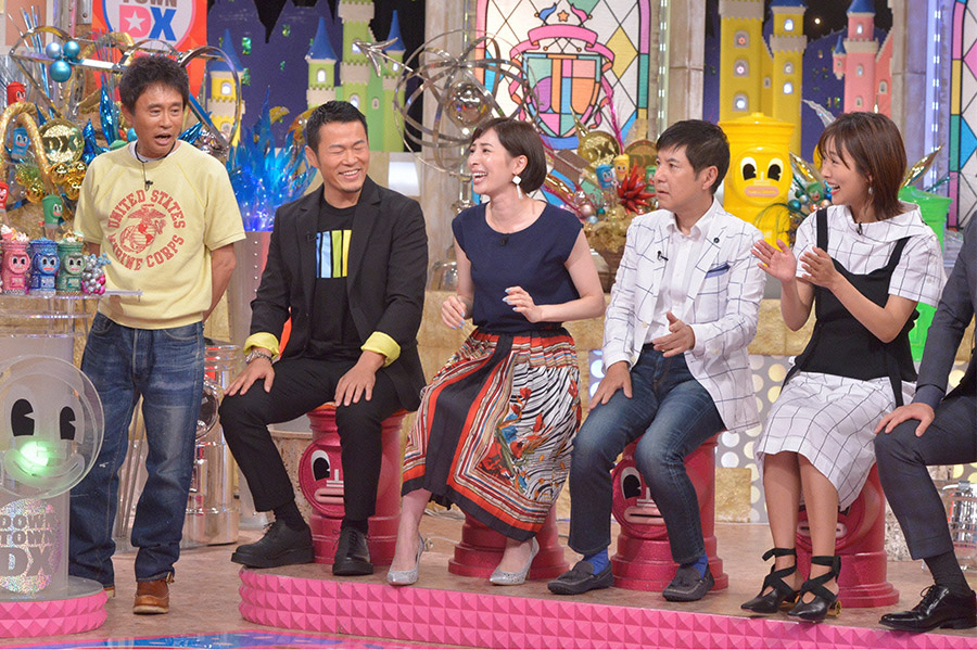 左から、浜田雅功、須藤元気、真飛聖、関根勤、夏菜