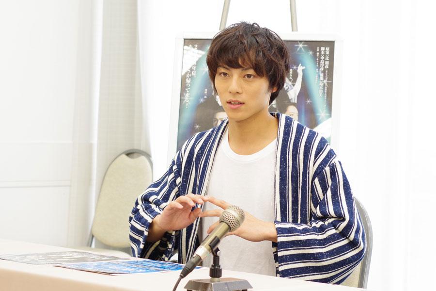 宝塚歌劇を観たことがないという永田崇人。「ぜひレビューをナマで観て参考にしたい」と話す