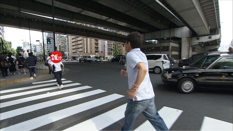 交差点を走る羽目になった相方(写真左)と浜田(写真右) 写真提供:MBS