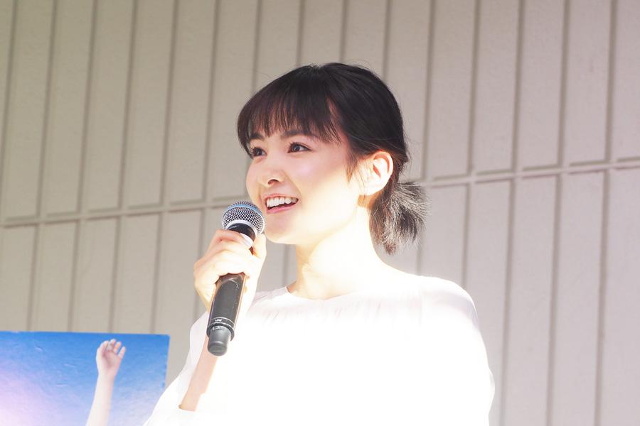 映画『青夏』の公開記念イベントに登場した葵わかな(21日、大阪市内)