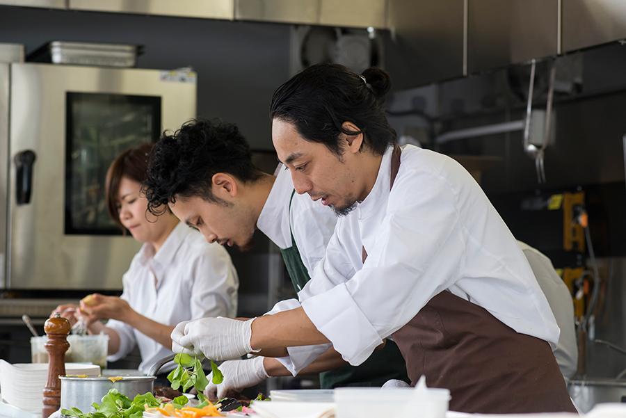 シェフズキッチンの奈良会場では全日程、奈良の有名シェフが登場予定