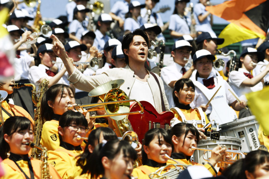 NHK高校野球テーマソング『甲子園』を歌う福山雅治