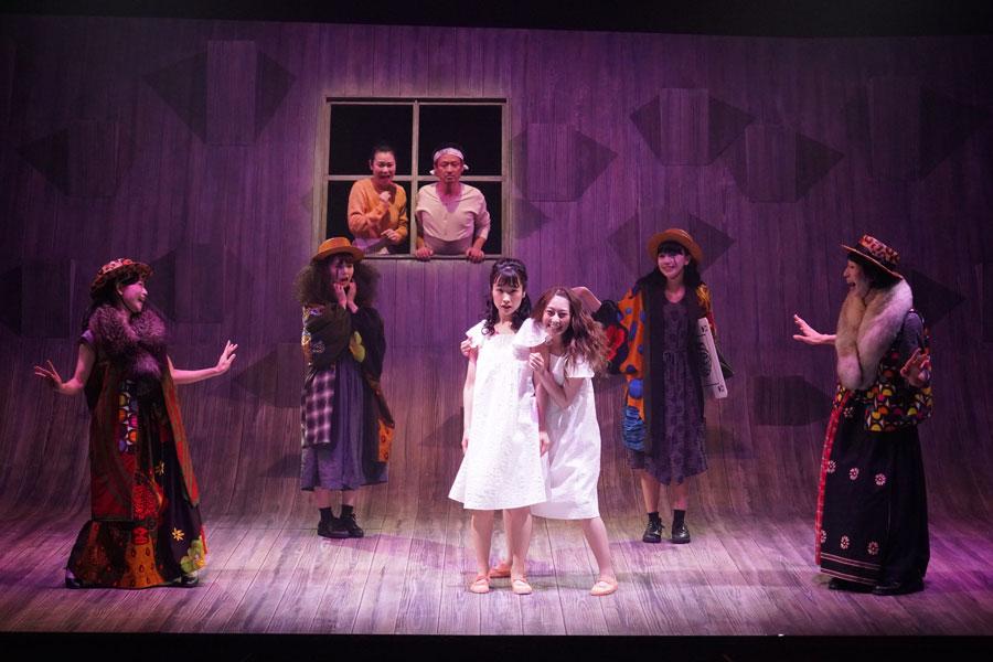 7月19日から大阪公演が始まる舞台『半神』。写真は東京公演のゲネプロより