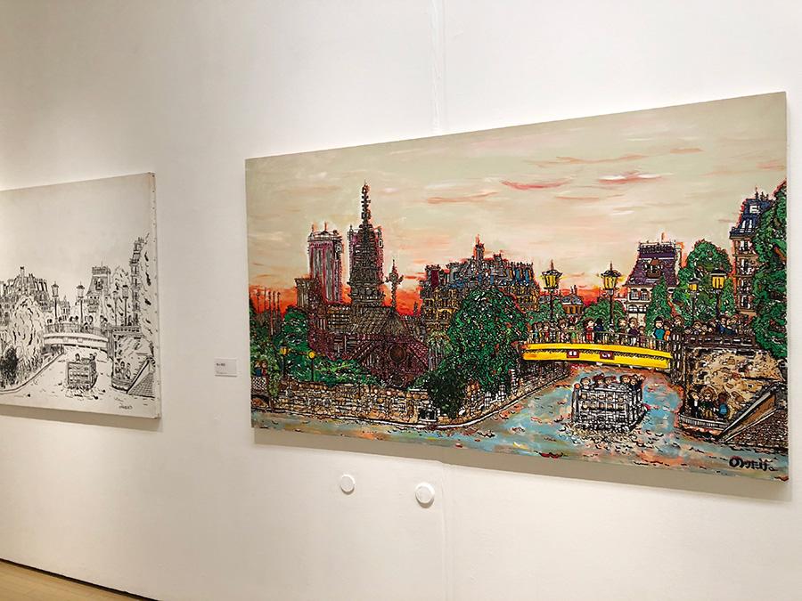 左は1994年に描かれた「セーヌ川」、右は2001年。本人曰く「曇っててむかついたので色を着けた」と