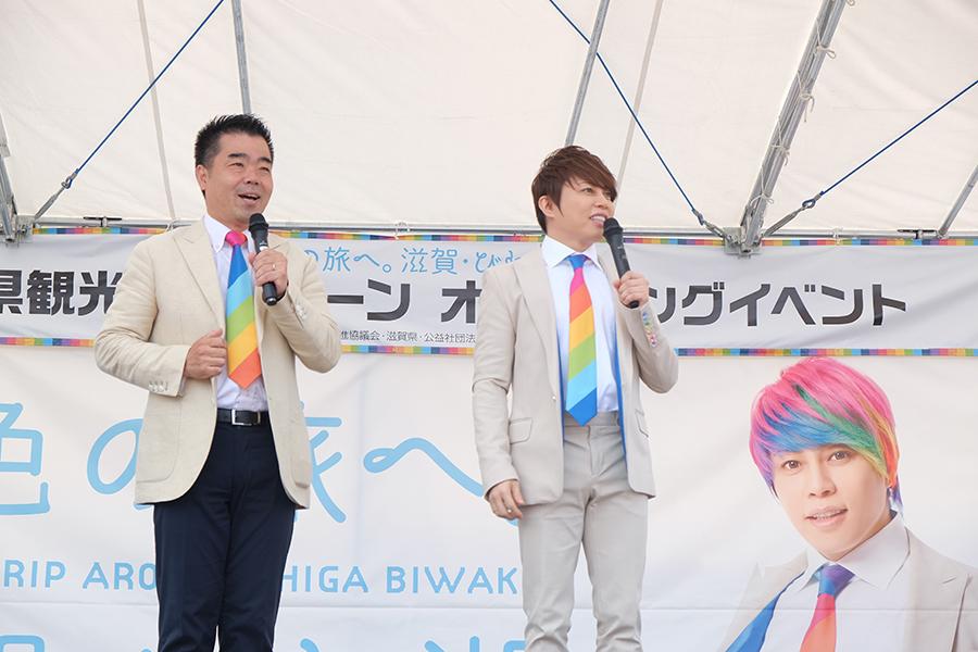 開口一番、観客へ「先日の西日本の大雨、米原の竜巻は大丈夫でしたか?」と見舞いの心遣いをみせた西川