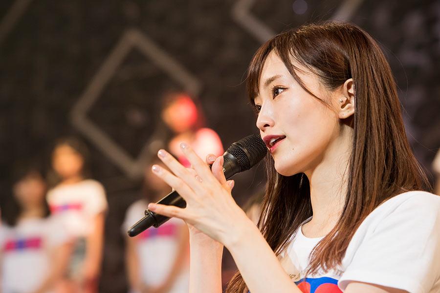 NMB48からの卒業を発表した山本彩(30日・東京都内) © NMB48