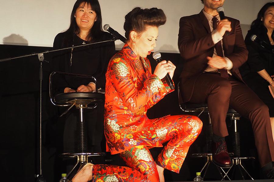 オペラを熱唱するエヴァンジェリン・リリー(23日・大阪市内)