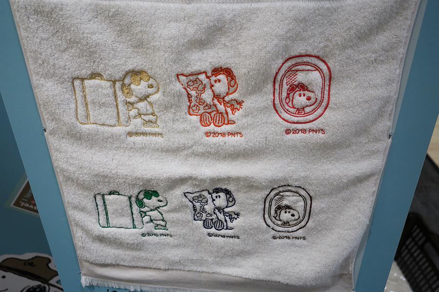 タオルに入れてもらえる刺繍は3型6色から選べる