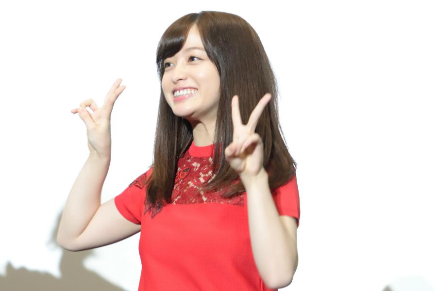 映画『銀魂2 掟は破るためにこそある』の舞台挨拶に登場した橋本環奈(18日・大阪市内)