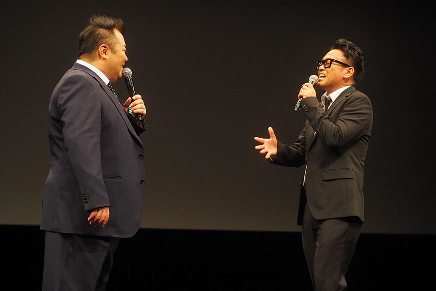 ブラックマヨネーズの小杉竜一(左)と宮川大輔(3日・大阪市内)