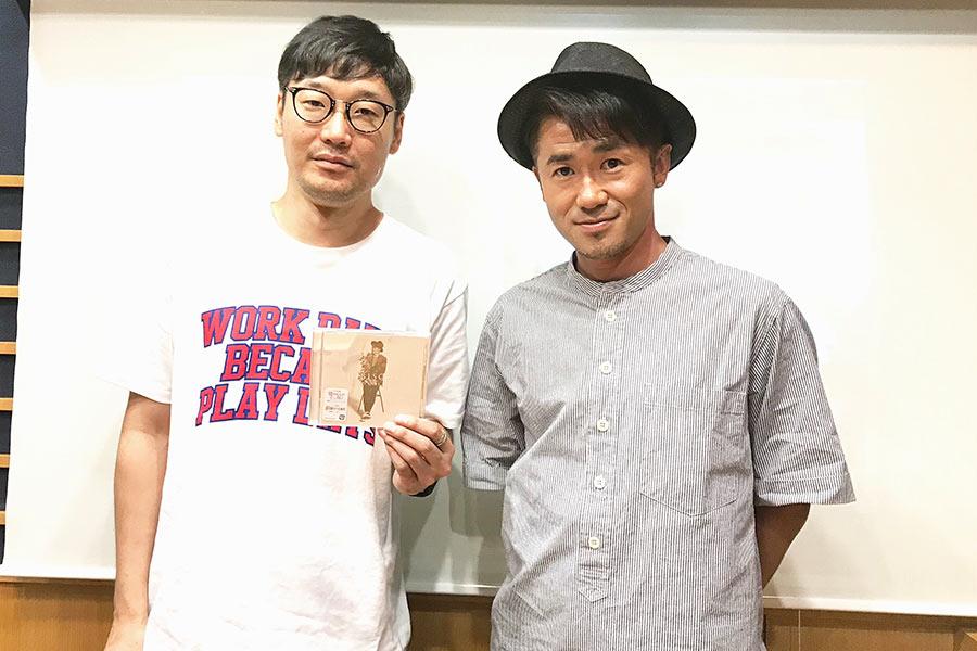 シンガーソングライターのナオト・インティライミ(右)とDJの遠藤淳