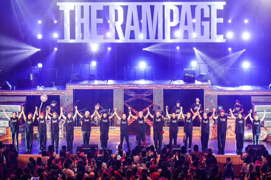 EXILEグループでは初となる、47都道府県制覇を成し遂げたTHE RAMPAGE from EXILE TRIBE(17日、大阪市内)