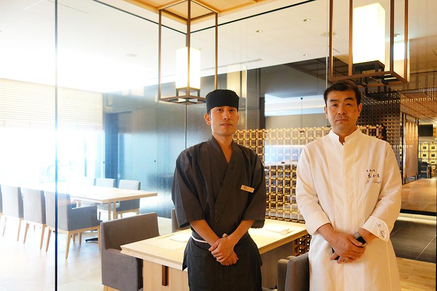 左からホテルの坂本修二料理長、高木一雄氏