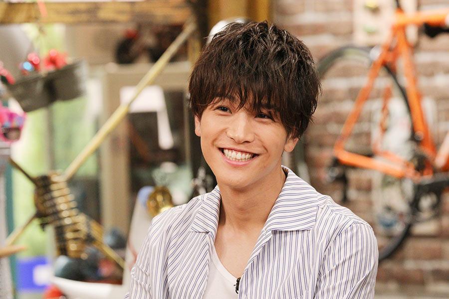 バラエティ番組『おかべろ』にゲスト出演した岩田剛典