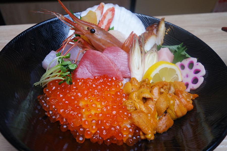 ワダツミの海鮮丼・特上5000円