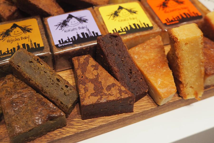 しっとり濃厚なチョコで満足感も抜群、甘すぎないので何個でも食べられそう!