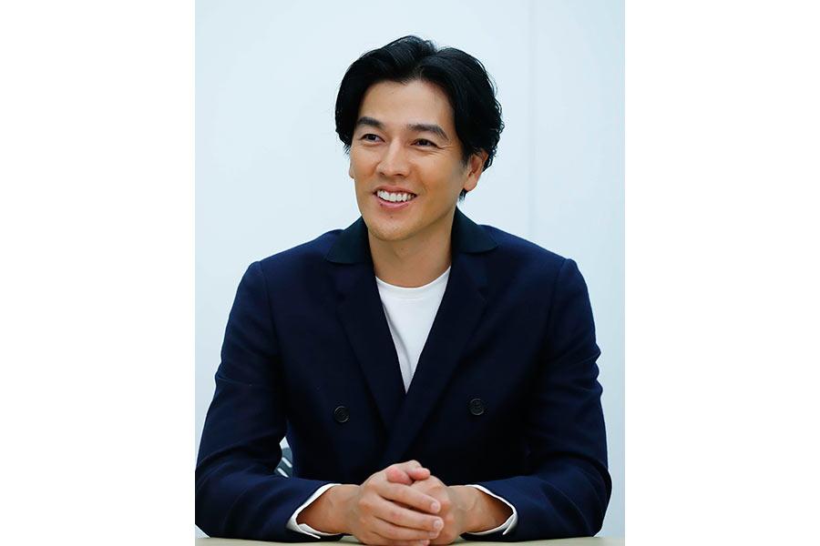 カンテレ本社で会見をおこなった俳優の要潤(20日・大阪市内)