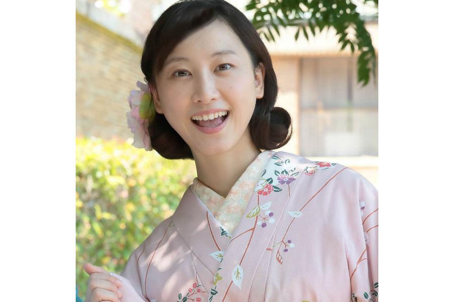 「大阪が舞台ということで方言ができるかなと不安な気持ちがあった」と鹿野敏子役の松井玲奈
