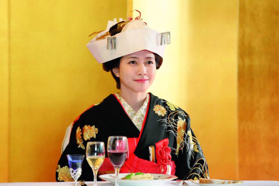 「咲は良い香りを漂わせていそう。例えるならレモンなどの柑橘系の香り。清々しい女性のイメージ」と内田有紀